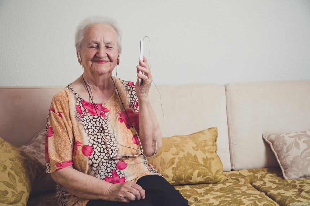 senior hospice isolation